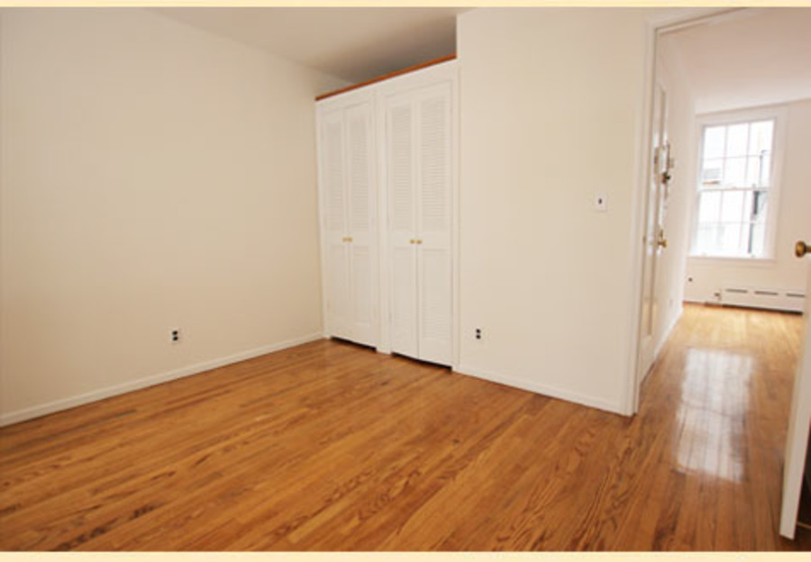 401 east 76th street 3br 1ba bedroom1