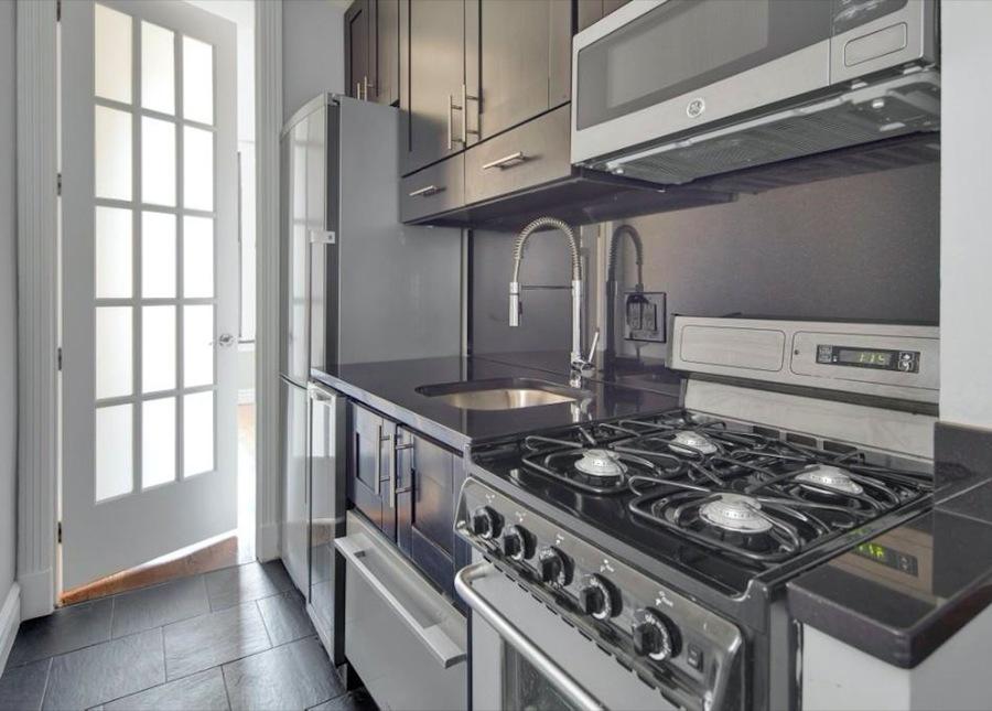 221 mott street 1br 1ba kitchen