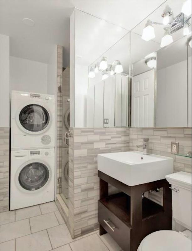 221 mott street 1br 1ba bathroom