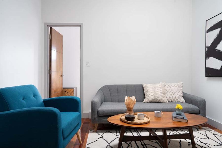 90 starr street communal living room