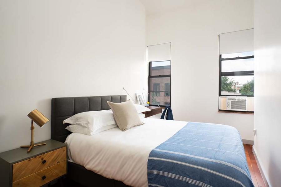90 starr street bedroom5