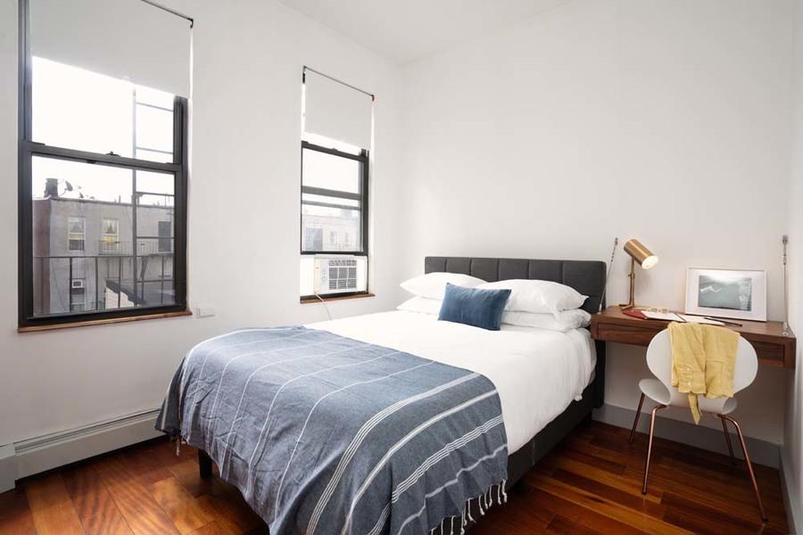 90 starr street bedroom6