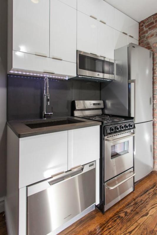 221 mott street 15 1br 1ba kitchen