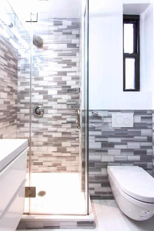 221 mott street 15 1br 1ba bathroom