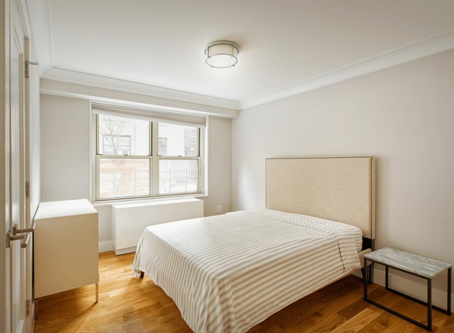 70 west 93rd street 17e 1br 1ba bedroom