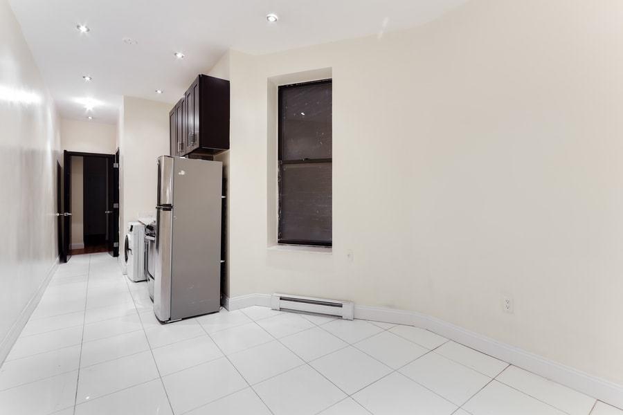 118 west 109th street 1w 2br 1ba living kitchen