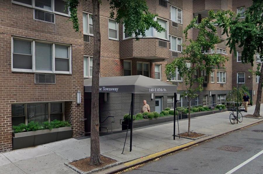 145 east 27th street entrance
