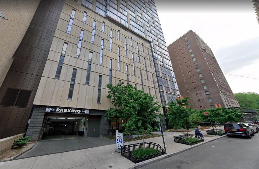 1214 fifth avenue exterior1