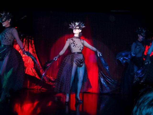 Calypso show dancer