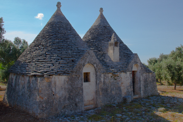 Trulli in the Puglian countryside