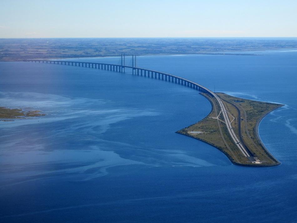 Øresund-Bridge-sweden-from_the_air