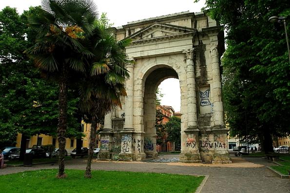Arco dei Gavi in Verona