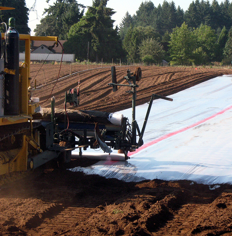 Applying soil fumigants and sealing tarps (source: J. Weiland, 2012. from: PNW Plant Disease Handbook)