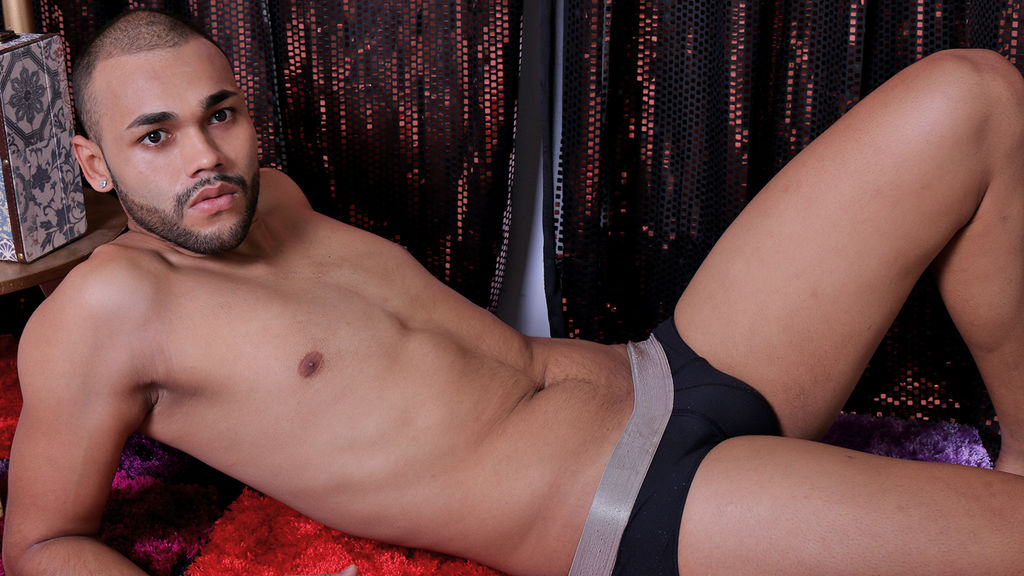 5 Latin Lovers - Top 5 Latino Male Cam Models