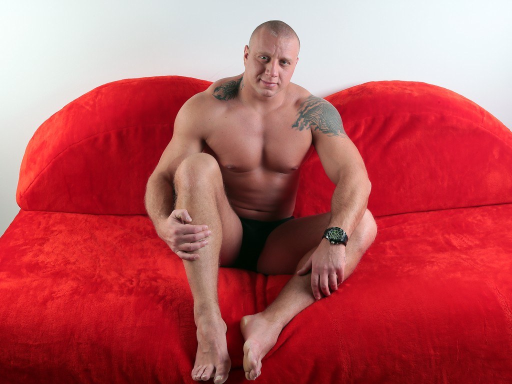 ImmenseHunk Tattoo male cam model