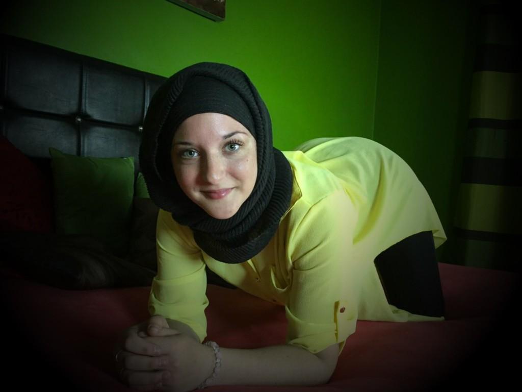 MyryamMusslim cam girl muslim wearing a hijab