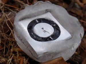 Underwater Audio ipod shuffle in ice