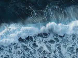 wave-384385_1920