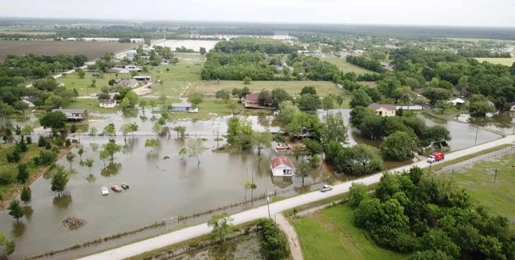 minor flash flooding at cummings road near rosenberg, texas on may 8, 2019