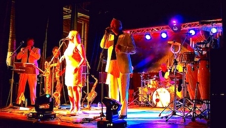 80s_Themed_Wedding_Bands_Performing_Live
