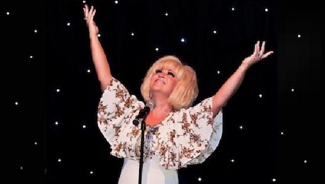 Dusty_Springfield_Tribute_Performing_Live