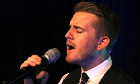 Gary_Barlow_Tribute_Performing_Live