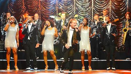 Motown_Wedding_Bands_Performing_Live