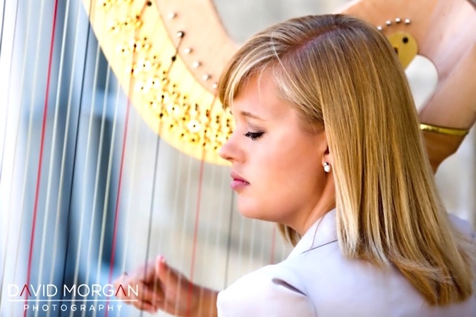 nikki-v-harpist-performing-outdoors-at-an-event