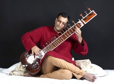 Indian wedding musicians - Sitar player