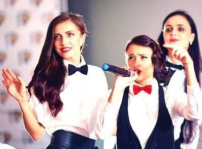 Three wedding singing waiters performing live