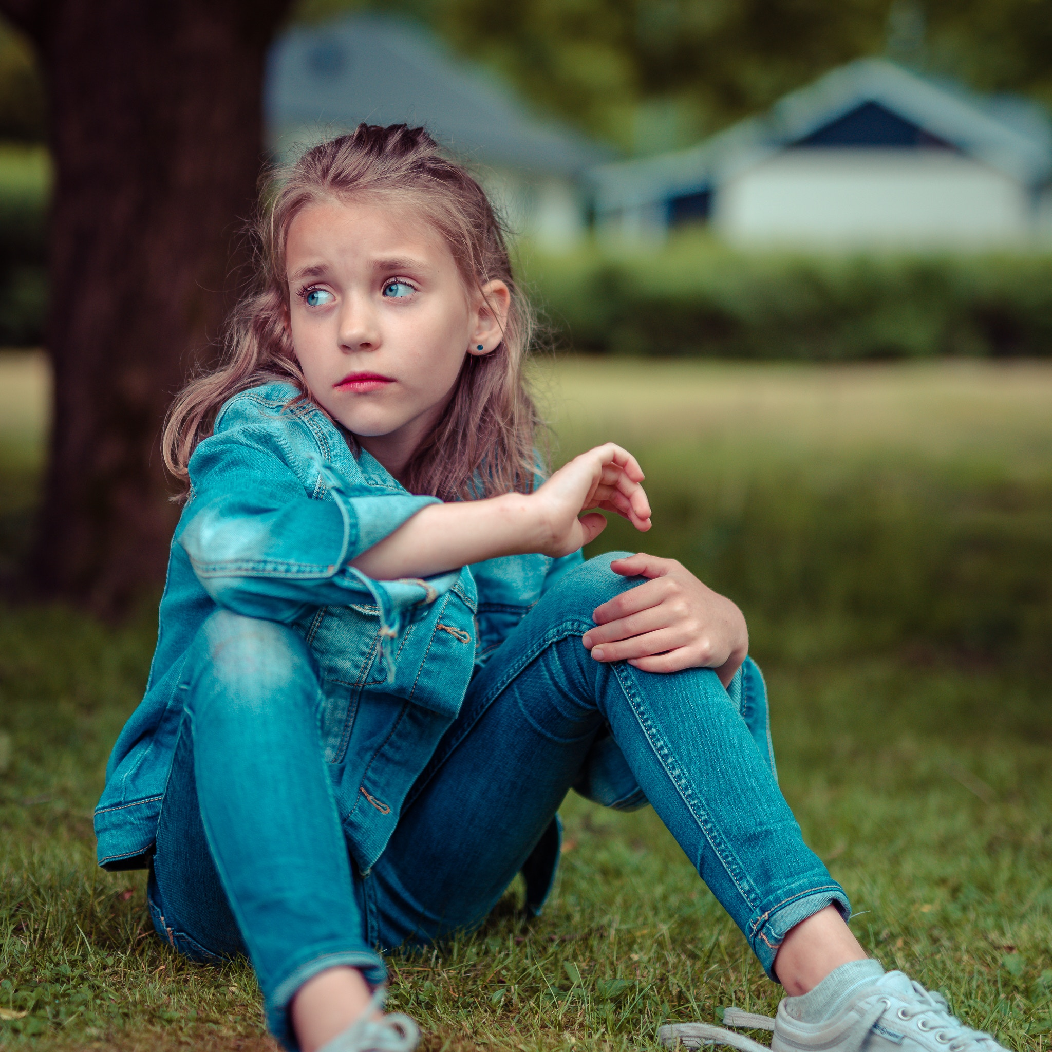 7 Ways to Help A Child Deal With Sadness