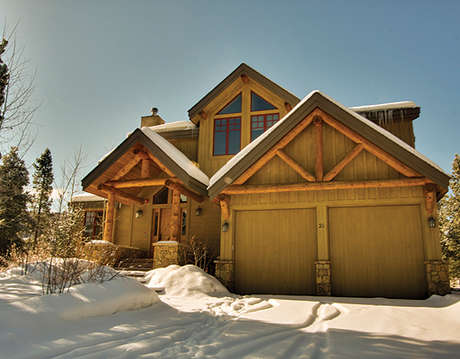 Gorgeous 5 Bedroom + Loft home on the Golf Course in Keystone, minute to the Ski Area
