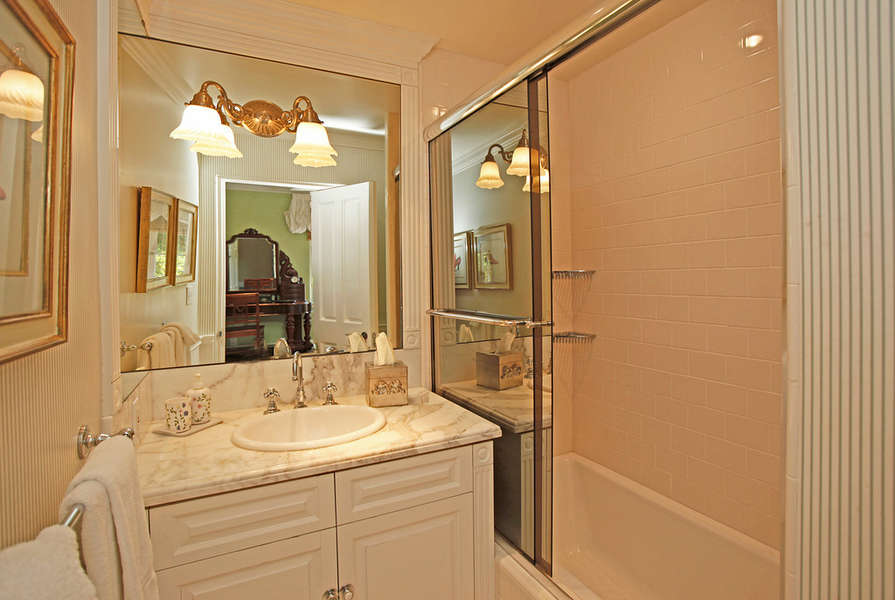 Bathroom in Guest Suite #2