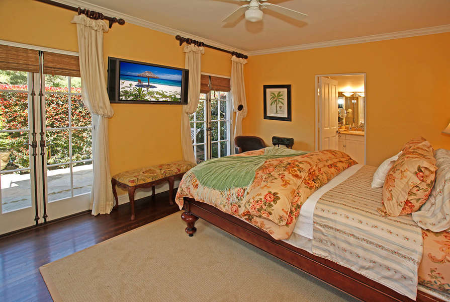 East Wing Guest Suite #1
