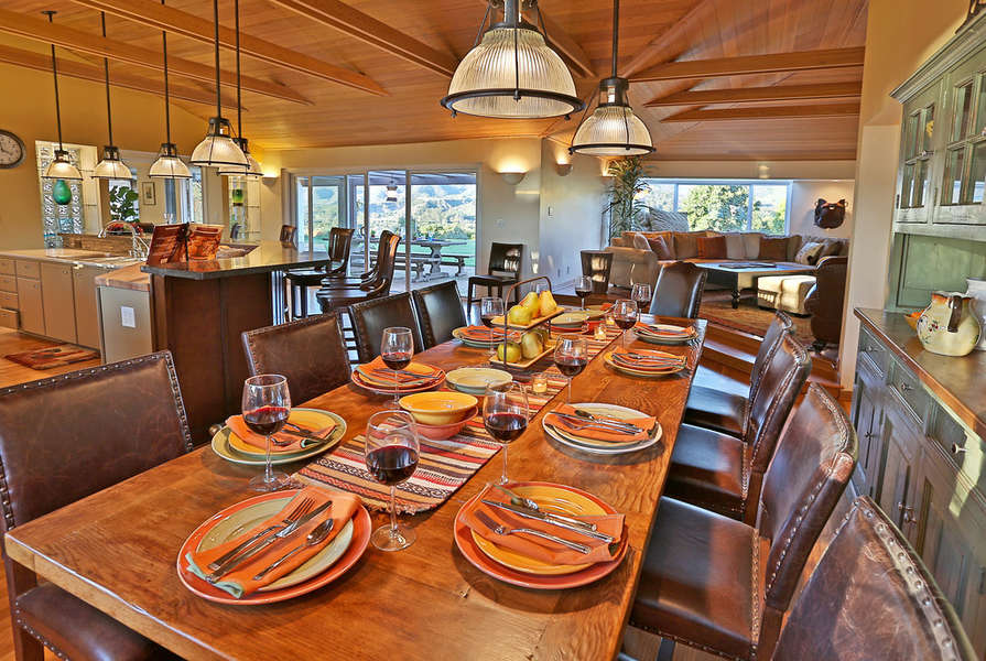 Dining table seats 10 comfortably