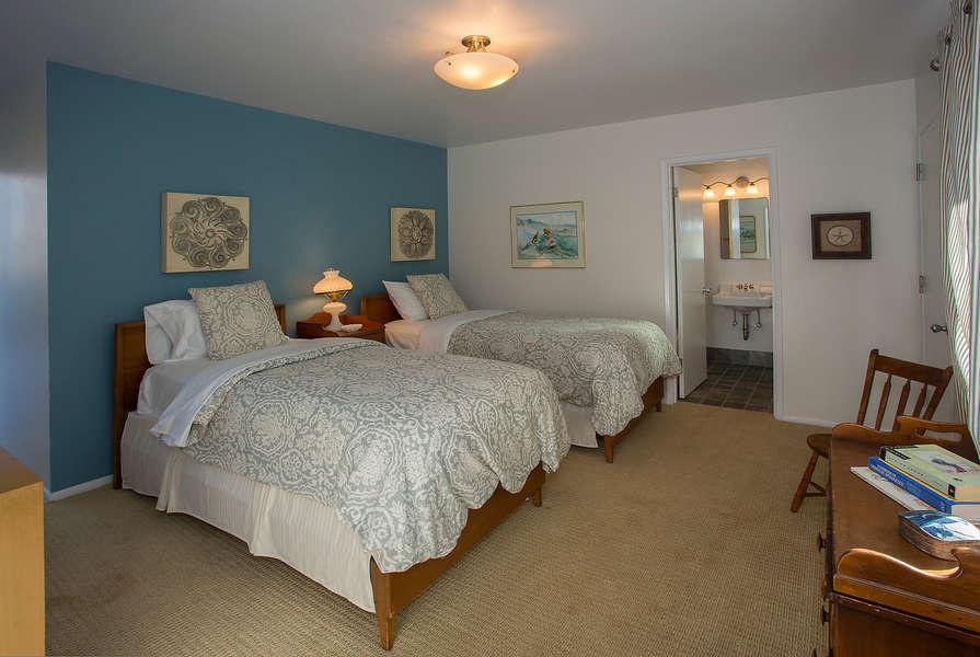 Bedroom Suite #4