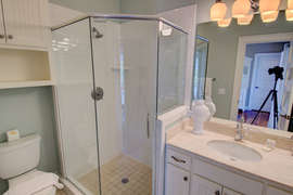 Second floor king bedroom full bath