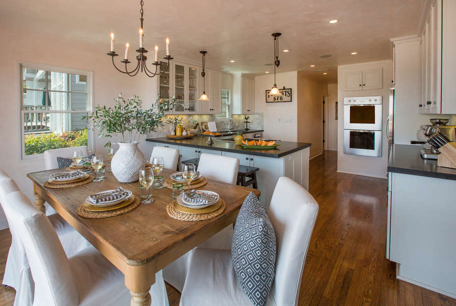A beautiful space to prepare and enjoy meals