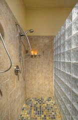 Imagine the fun in the snail shower with two shower heads