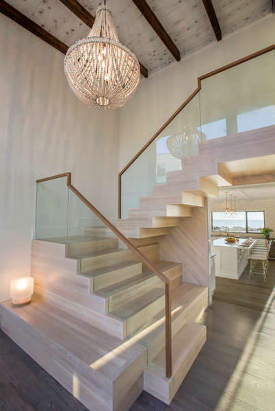Newly remodeled w/ a luxurious staircase