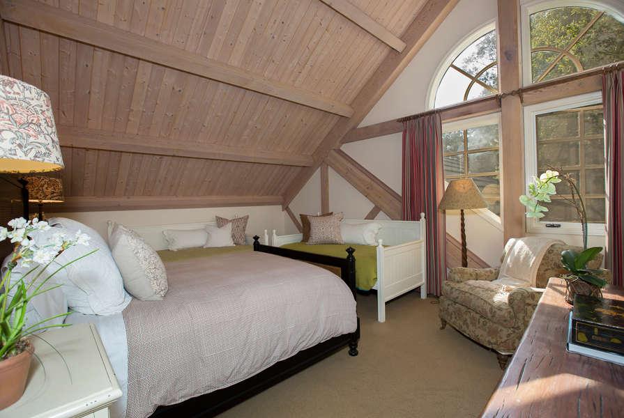 Bedroom #5 (Twin Beds no longer present)