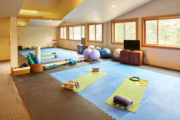 Gym and Yoga Studio -Star View Lodge