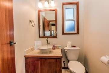 Indigo Belize 3B Guest Bathroom