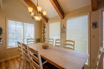 111 Skiway Dining with Lots of Natural Light