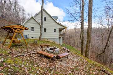 Fire Pit, Swing, and Beautiful Views in Private Wooded Setting at Wildlife Manor