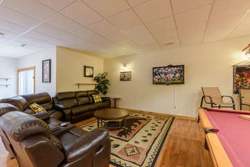 Downstairs Game Room & Den with Leather Sofas, TV
