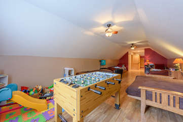 Cozy Upstairs Bedroom with play area, TV