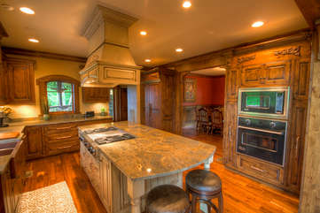 Adirondack Spacious Kitchen with Luxury Finishes, Two Seats at Bar