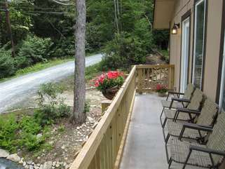 Beech Mtn Lodge Front Deck