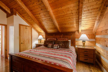 Big Rock Lodge 1 of 2 large upstairs bedrooms